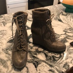 Gray Leather lace up, wedge boots